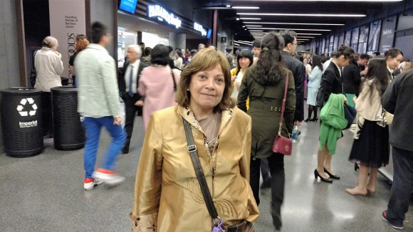 Грасиэла Морено из Аргентины посещает Конференцию по обмену опыта в Нью-Йорке 15 мая. Фото: Matthew Robertson/Epoch Times