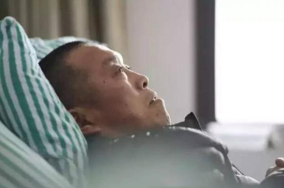 Больной Чжэн. Фото: via Peng Pai