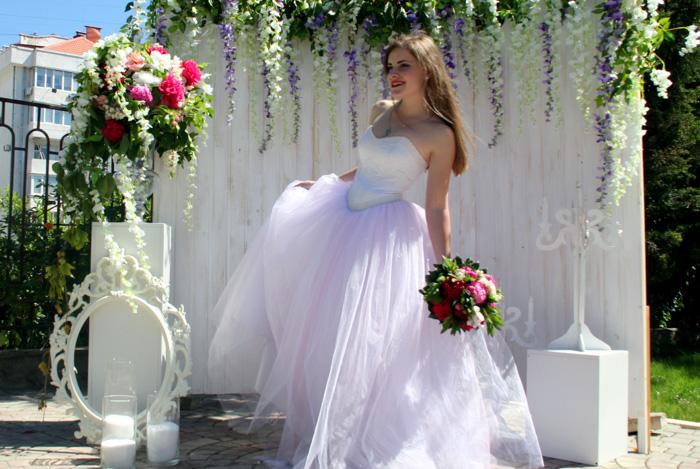 Севастопольский девичник. Фотосессия в свадебном платье. Фото: Алла Лавриненко/Великая Эпоха