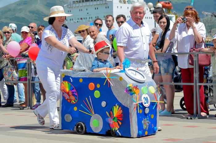 Фестиваль «Парад Колясок-2016» в Новороссийске. Фото: Андрей Михайловский/Великая Эпоха