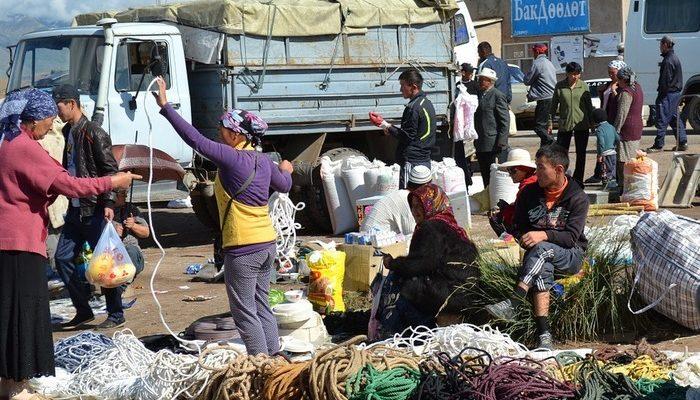 Киргизия предложила создать профсоюз ЕАЭС по трудовым мигрантам