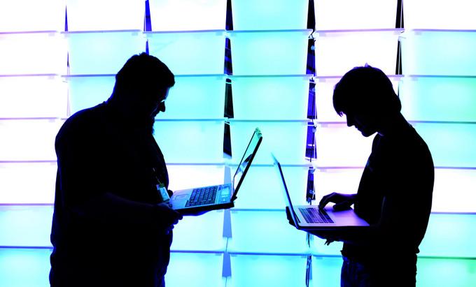 Простые пароли облегчают работу хакеров. Фото: Patrick Lux/Getty Images