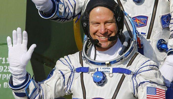 Капсула с экипажем МКС приземлилась в Казахстане