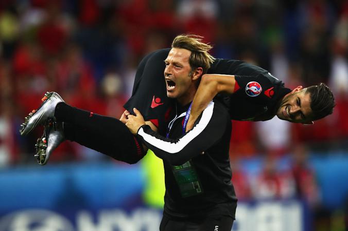 Первая историческая победа Албании в финале чемпионата Европы, 19 июня, 2016 год, Франция.  Фото: Clive Brunskill/Getty Images