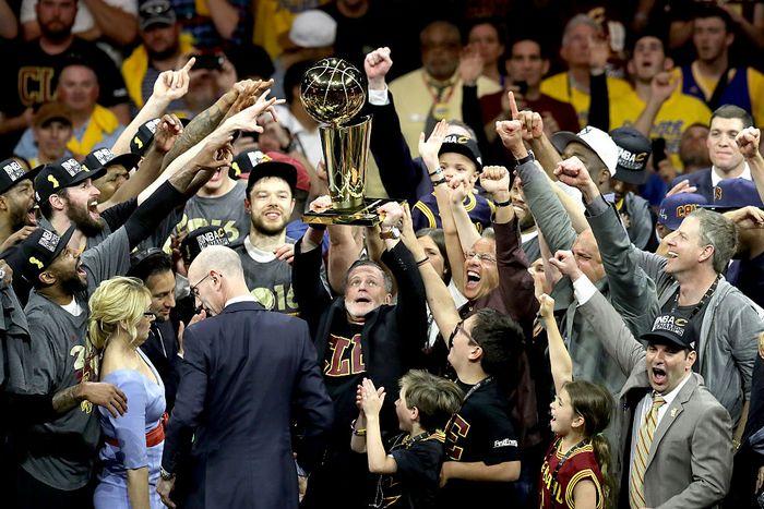Первая победа «Кливленд Кавальерса» в чемпионате НБА. Фото: Ronald Martinez/Getty Images