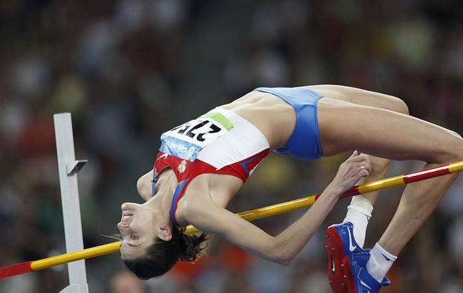 Анна Чичерова — бронзовый призёр по прыжкам в высоту Олимпиады  2008 года. Фото: ADRIAN DENNIS/AFP/Getty Images