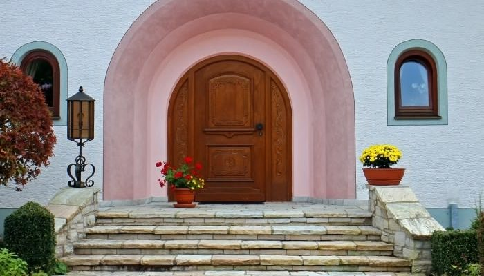 Как менялись двери на протяжении столетий