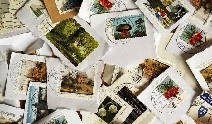 Почтовая марка «Перевёрнутая Дженни» спустя 60 лет после кражи вернулась владельцу