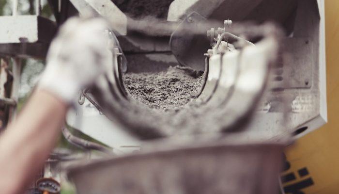 Использование бетонных водоотводных лотков