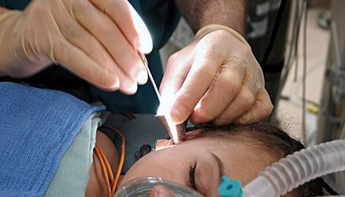 Проблему со слухом решают импланты