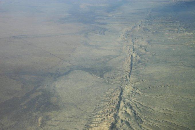 Разлом Сан-Андреас. Аэроснимок. Фото: Ikluft /wikipedia.org/GFDL