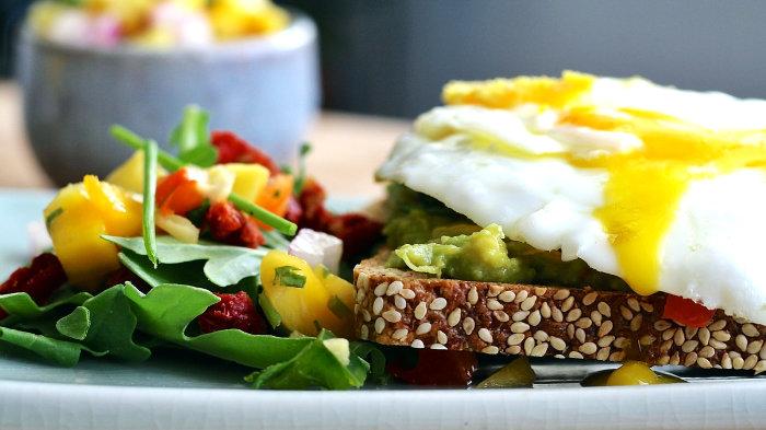 начните завтракать