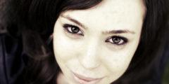 Сезонная аллергия и контактные линзы: пути решения проблемы