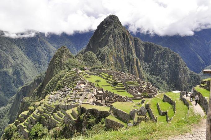 В Мачу-Пикчу в туристов с мобильными телефонами бьют молнии