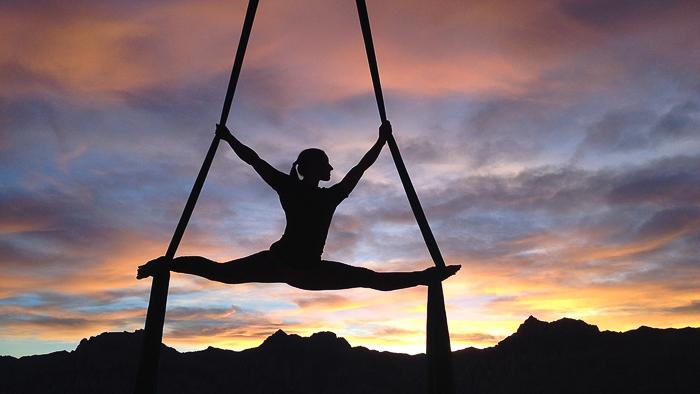 Девушка, гимнастка, гимнастика, акробатика