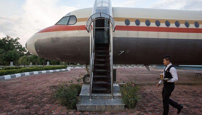 Новый ресторан-самолёт в Китае пользуется большим спросом