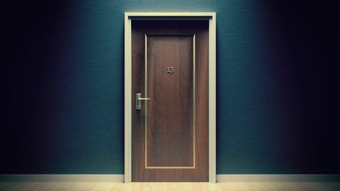 дверь, страх