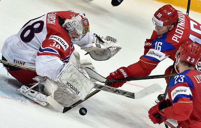 Матч между сборными РФ и Чехии. Фото: YURI KADOBNOV/AFP/Getty Images