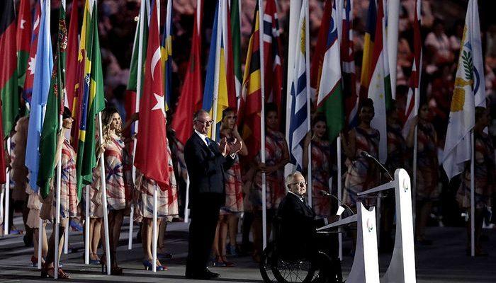 Паралимпиада-2016. Республика Беларусь проигнорировала запрет и пронесла флаг России на церемонии открытия