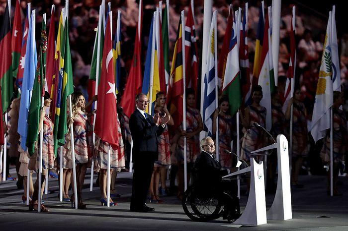 Президент организационного комитета Олимпийских игр Карлос Артур Нузман и президент Международного паралимпийского комитета Филип Крейвен выступают на церемонии открытия Паралимпиады в Рио-де-Жанейро, 7 сентября, 2016 год.  Фото: Alexandre Loureiro/Getty Images