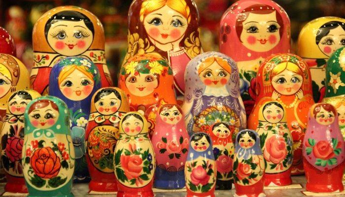 Как появилась первая матрёшка на Руси