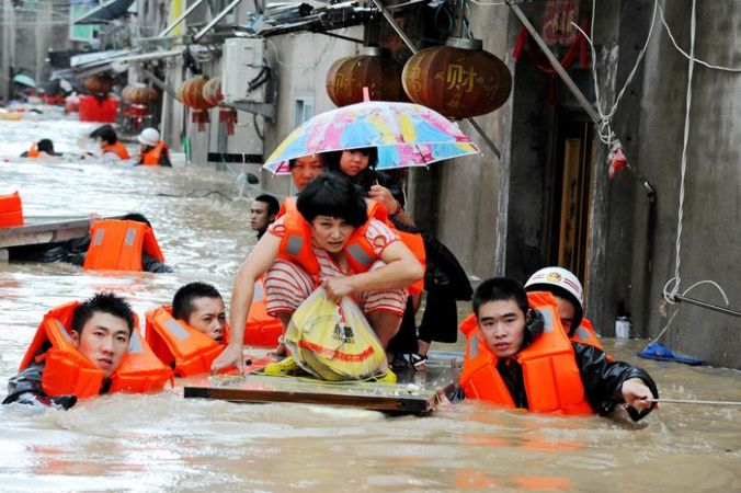 Тайфун «Меги» в провинции Фуцзянь. Фото: STR/AFP/Getty Images