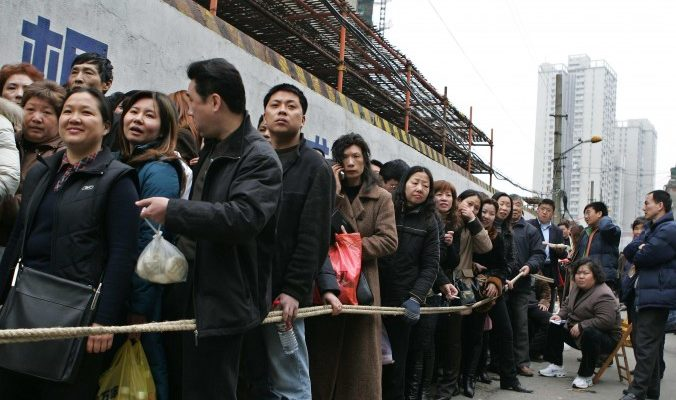 Всплеск разводов в Шанхае: развестись, чтобы купить дом