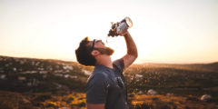 Сколько воды нужно пить, чтобы быть здоровым и даже похудеть
