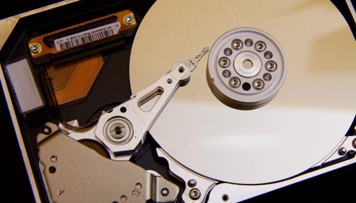 Как устроен жёсткий диск?