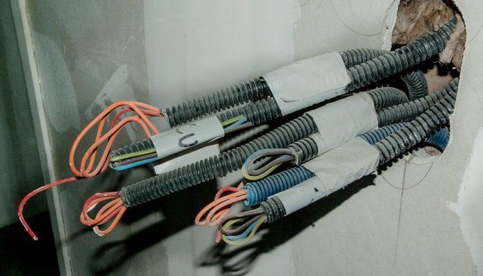 Электромонтажные работы в домах, квартирах и офисах