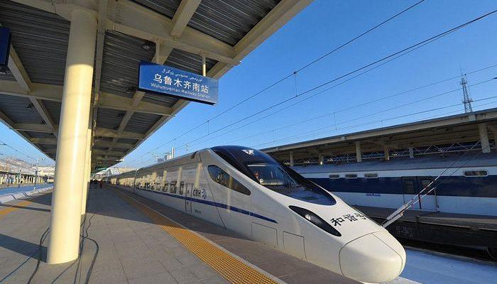 В Китае презентовали высокоскоростной поезд
