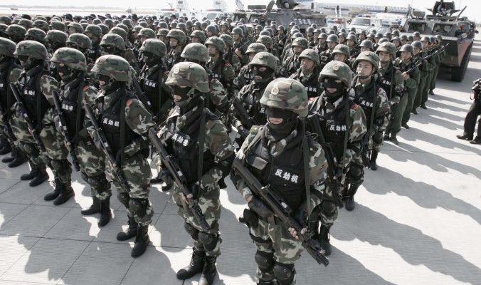 Си Цзиньпин занялся военизированной полицией
