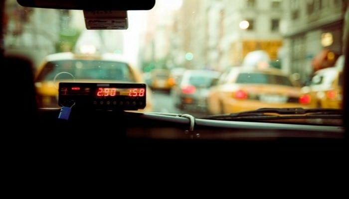Как выбрать такси в Москве