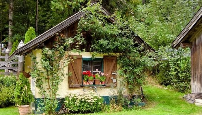 Как быстро и недорого построить дачный домик?