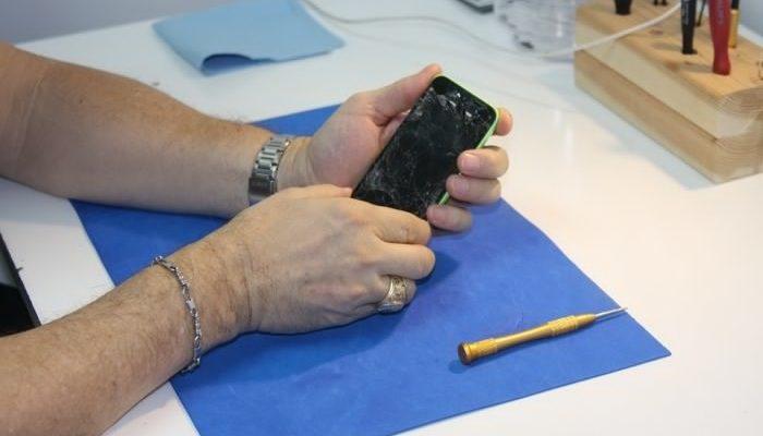 Как научиться ремонтировать телефоны?