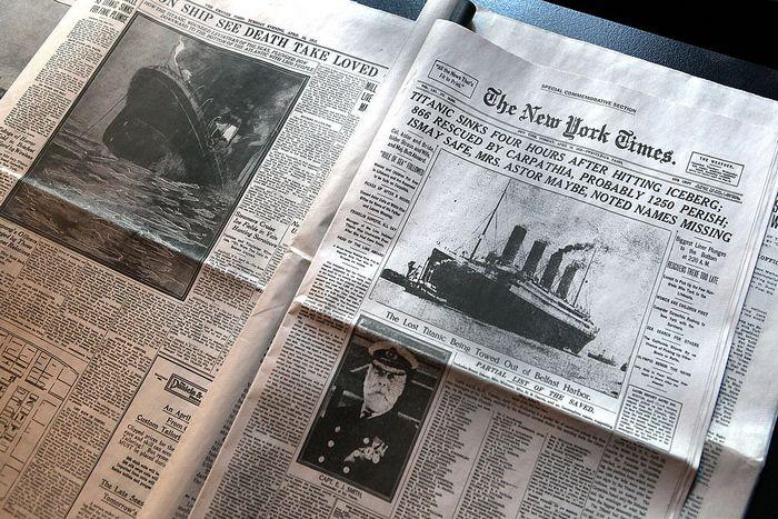 Газета The New York Times от 15 апреля 1912 сообщает о гибели «Титаника». Фото: John Moore/Getty Images