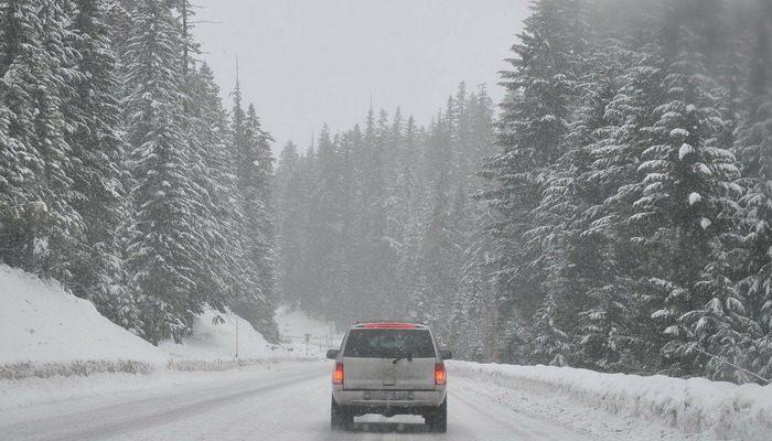 Семья глухонемых чуть не замёрзла в машине на Тюменской трассе