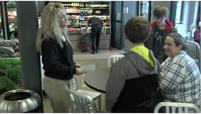 девушка, кассир, супермаркет, мальчик, мама, женщина, семья