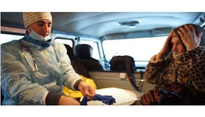 Доктор Женя, как и доктор Лиза. 32-летний врач лечит бездомных на улицах Челябинска