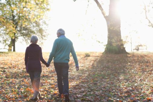 Супруги жили в ладу и доверяли друг другу до самой смерти. Но одну коробку жена не разрешала открывать