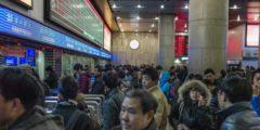 На шаг ближе к тотальному контролю: китайцам, не соответсвующим критериям социального рейтинга, запретят использовать самолёты и поезда