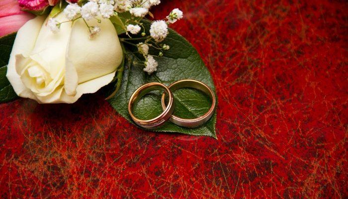 Обручальные кольца — важный атрибут молодожёнов