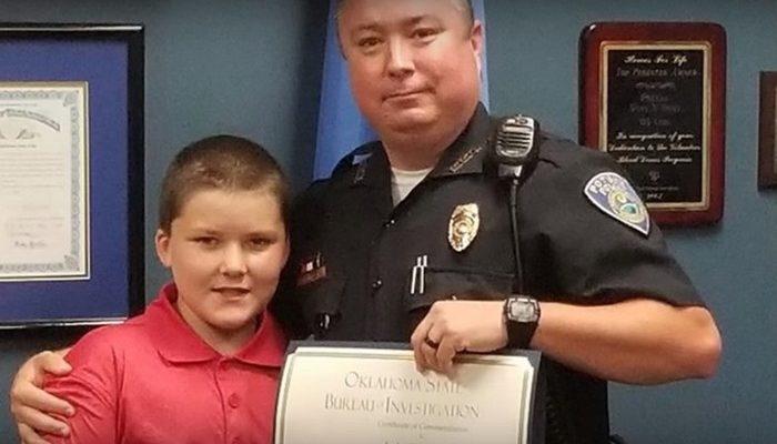 Полицейский спас мальчика от жестоких родителей и усыновил