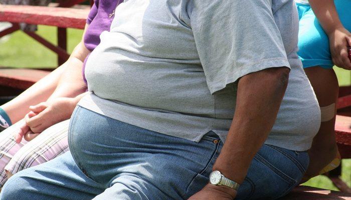 Над парнем издевались из-за веса. А он женился на девушке мечты