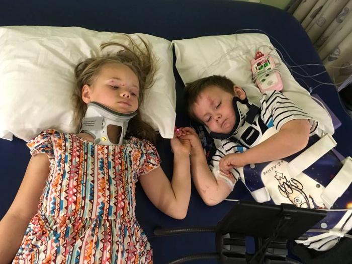 Родители и двухмесячная сестренка погибли в аварии. Трагедия навсегда объединила выживших четверых детей