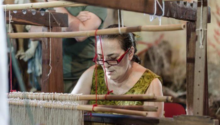 Только один человек на планете знает древний секрет производства морского шёлка