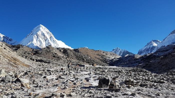 После землетрясения Эверест стал недоступен для туристов