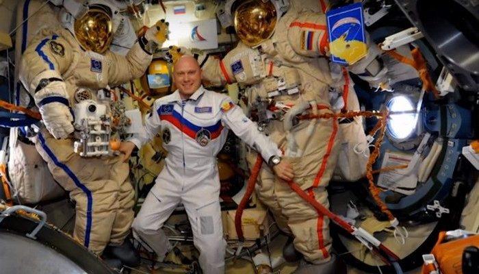 (Видео) Российский космонавт провёл экскурсию по МКС