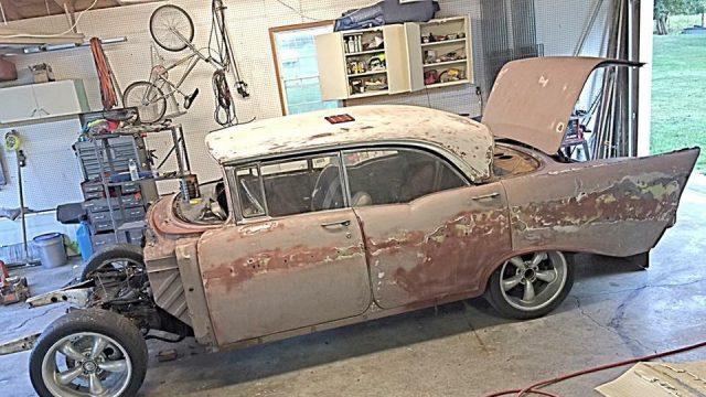 (Фото) Внук год восстанавливал старый «Шевроле» любимого дедушки и даже продал свой автомобиль. Но оно того стоило!