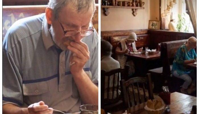 В кафе Санкт-Петербурга пенсионеров кормят бесплатными обедами. Акция началась с одного пожилого мужчины